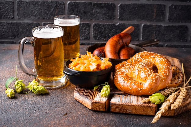Bier, brezeln und bayerisches essen