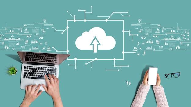 Big date-konzept und dateispeicherung in der cloud.