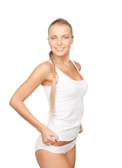 Bild einer schönen frau in weißer baumwollunterwäsche
