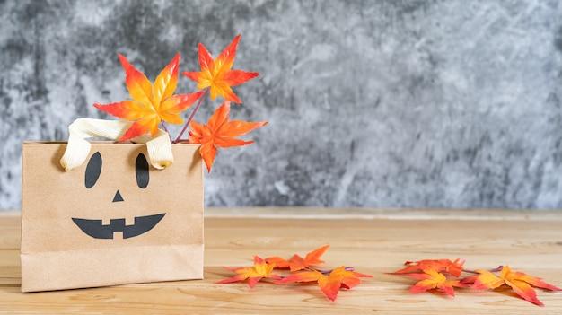 Bild von dekorationen glückliches halloween-tageshintergrund-feiertagskonzept.