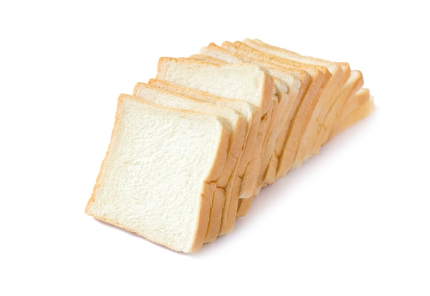 Bild von geschnittenem weichem weißbrot auf weißem, isoliertem hintergrund
