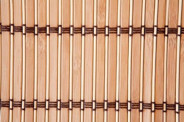 Bild von vertikalen bambuslamellen einer tischdecke