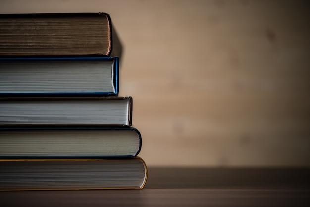 Bildungshochschule liest informationstabelle