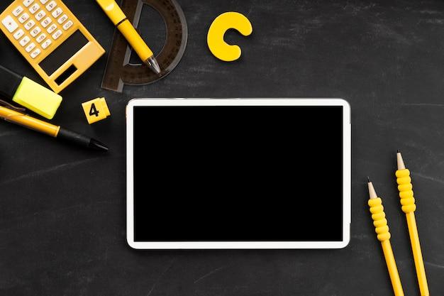 Bildungstag elemente mit tablette