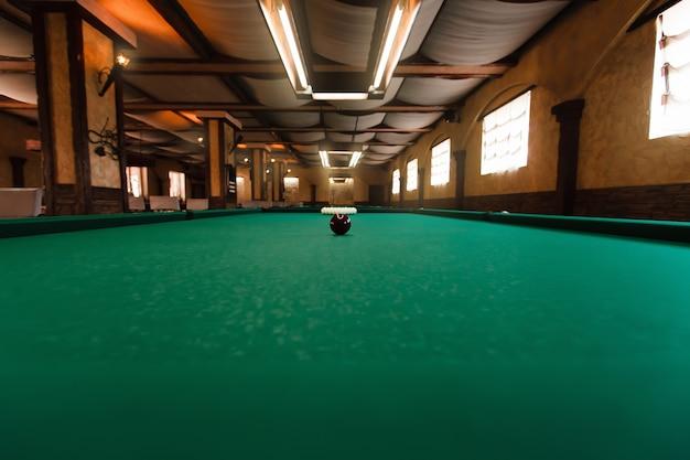 Billiard-tisch