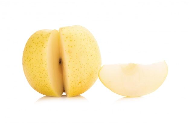 Birnenfrucht lokalisiert auf weißem hintergrund
