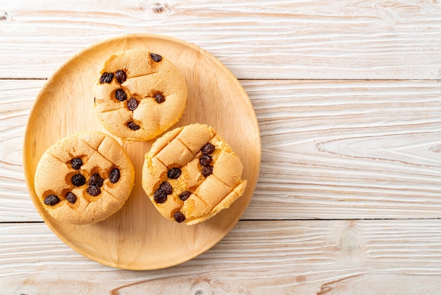 Biskuit mit rosinen