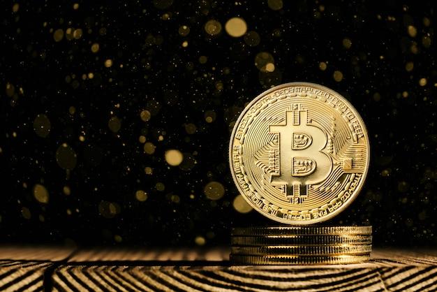 Bitcoin auf schöne aussicht mit lichtern