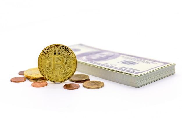 Bitcoin und dollar auf weiß
