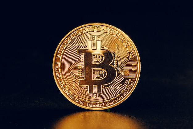 Bitcoins auf schwarz