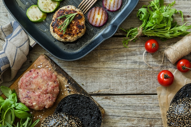 Black burger und zutaten zubereiten