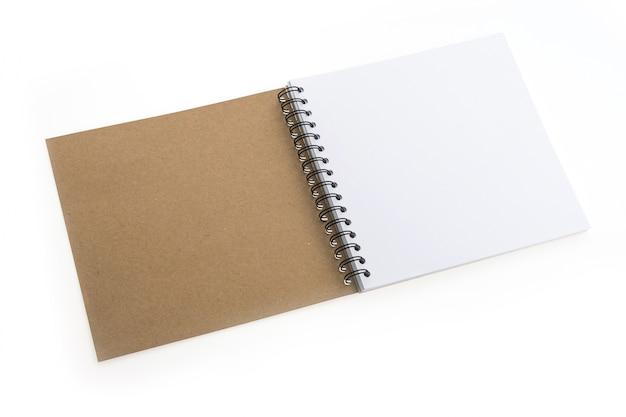 Blank notebook isoliert