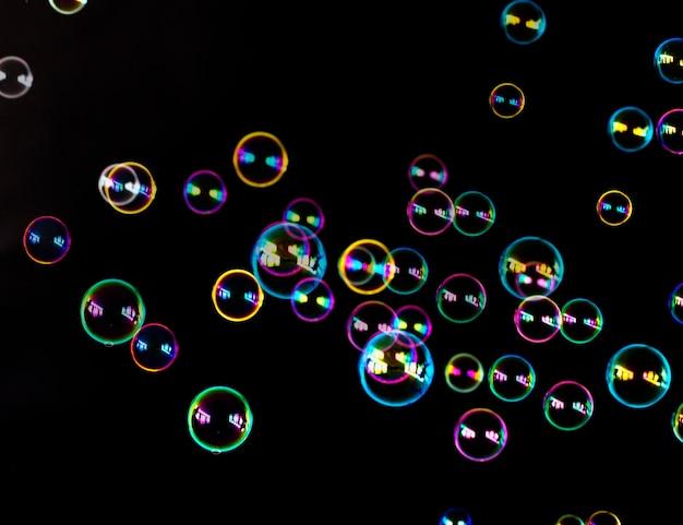 Blasen im dunkeln