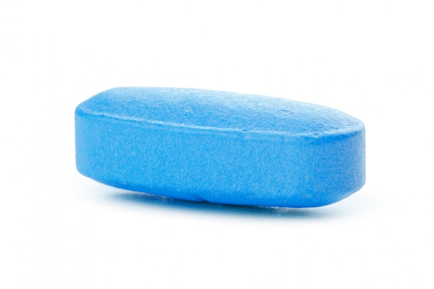 Blaue drogen auf weißer oberfläche