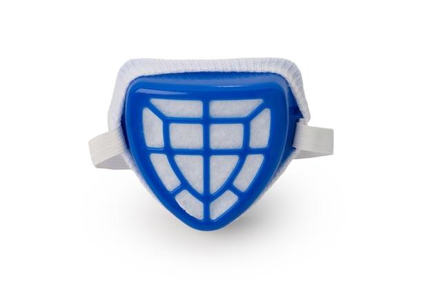 Blaue farbe maskenschutzstaub auf weißem hintergrund