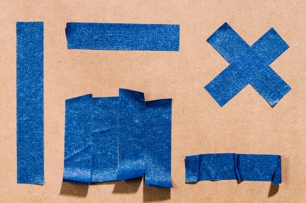 Blaue geometrische formen der klebenden tapete