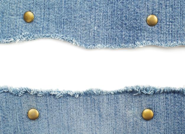 Blaue jeans lokalisiert auf weißem hintergrund