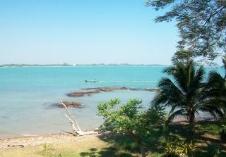 Blaue meer und strand