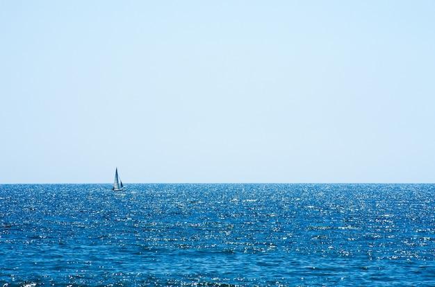Blaue meerwasserhintergrundbeschaffenheit