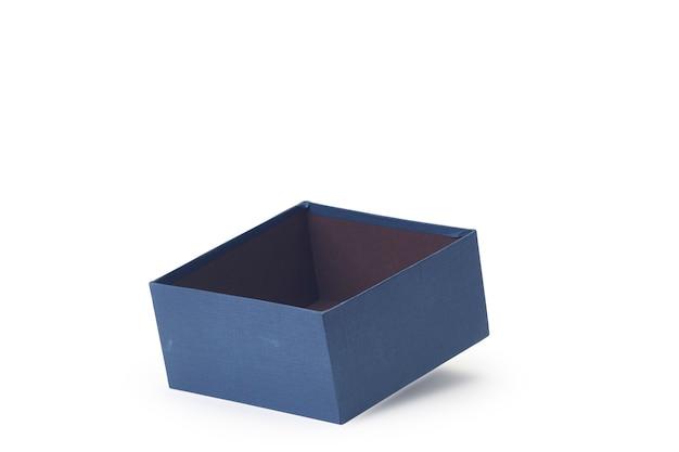 Blaue offene leere geschenkbox des papiers lokalisiert auf weiß