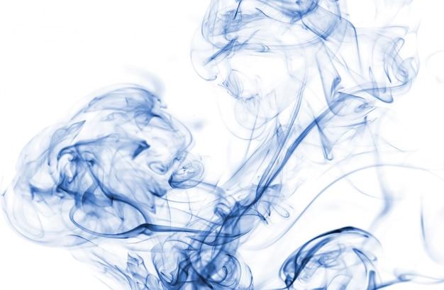 Blaue rauch sammlung auf weißem hintergrund