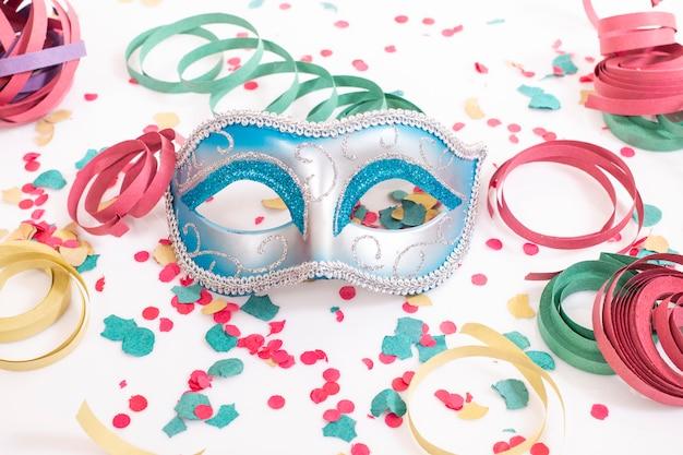 Blaue venezianische maske