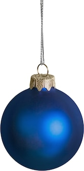 Blaue weihnachtskugel hängt an einer schnur - isoliert