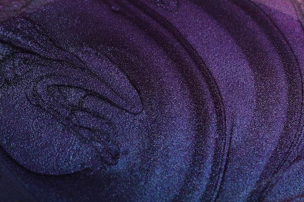 Blauer flüssiger nagellack abstraktes banner mit kopienraum make-up-konzept