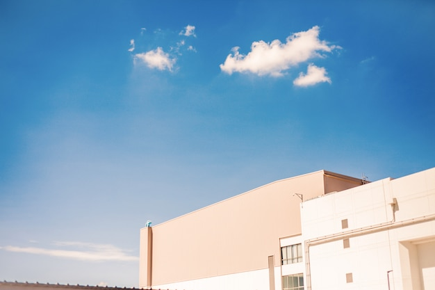 Blauer himmel auf draufsichtmall