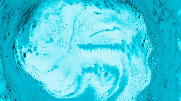 Blauer körperpflege-schaumbadhintergrund