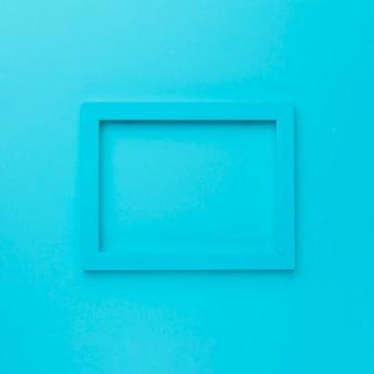 Blauer rahmen auf blauem hintergrund