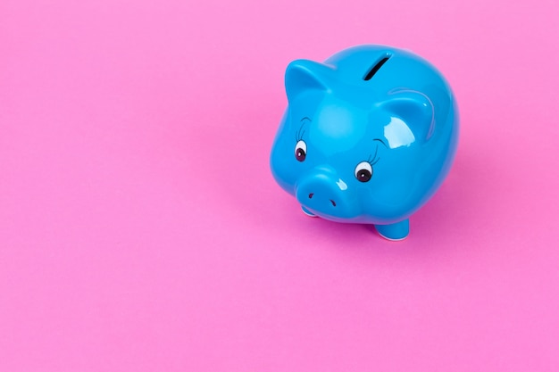 Blauer sparschwein-geldkasten