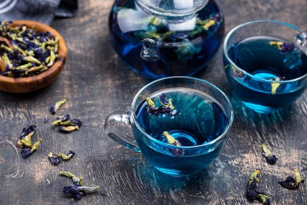 Blauer tee schmetterlingserbse oder anchan