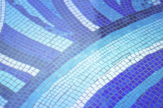 Blaues keramikziegel-mosaikdesign im swimmingpool