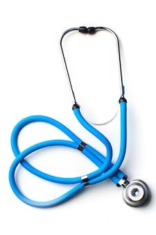 Blaues stethoskop getrennt