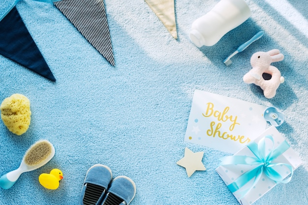Blaues thema der babyparty