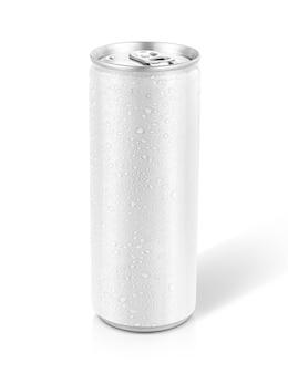 Blechdose mit kühlem wassertropfen zum trinken von getränken