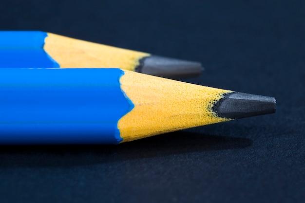Bleistift mit grauer mine