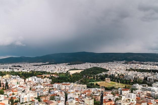 Blick auf athen von der höhe der akropolis.
