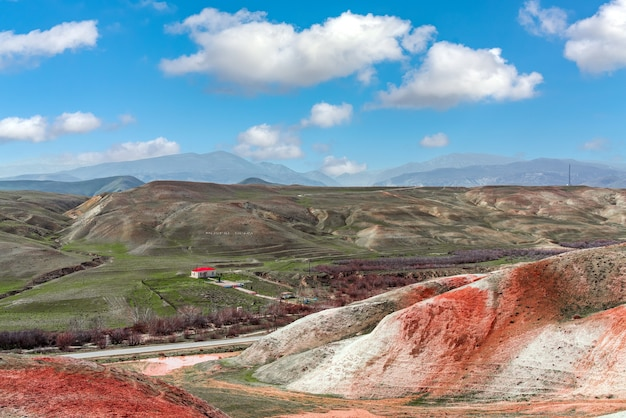 Blick auf das hausmuseum des aserbaidschanischen dichters mikayil mushfig