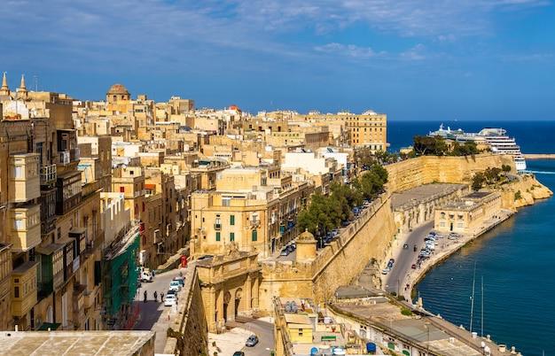 Blick auf das historische zentrum von valletta malta