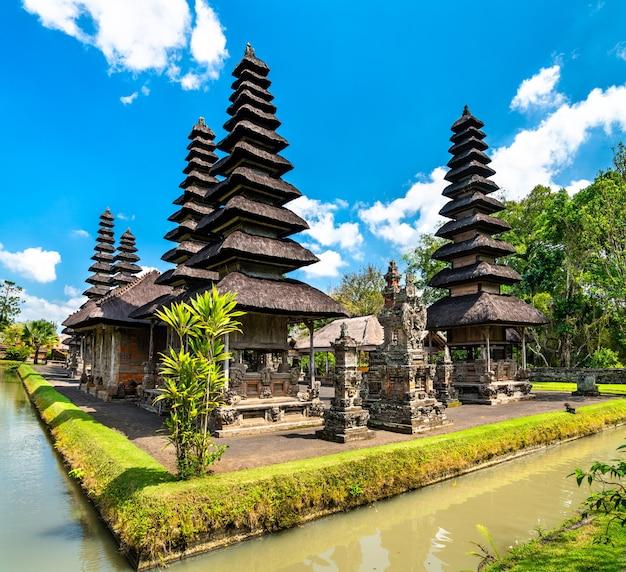 Blick auf den tempel pura taman ayun in bali, indonesien