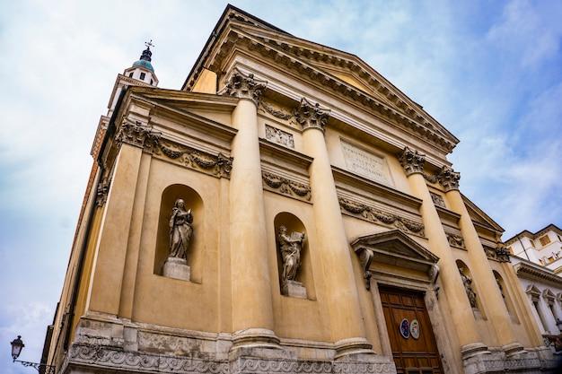 Blick auf die kirche san filippo neri in vicenza, italien?