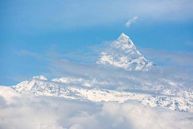 Blick auf machapuchare in pokhara