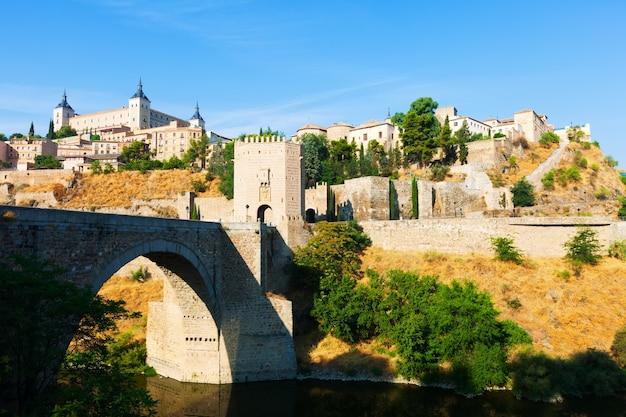 Blick auf puente von alcantara aus ost