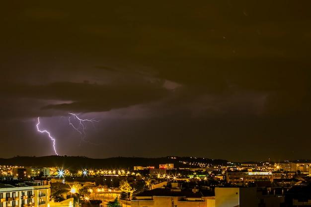 Blitz in sabadell stadtlandschaft