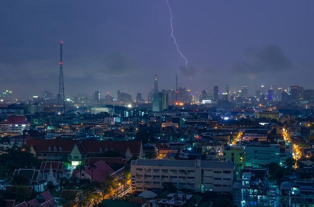 Blitz stürmische nacht.