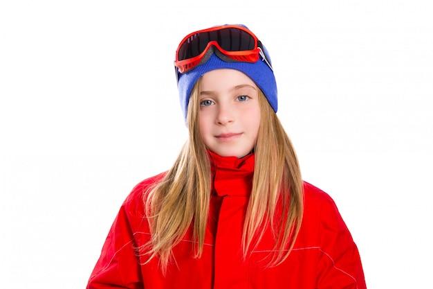 Blondes kindermädchen-winterporträt mit skischneeschutzbrillen