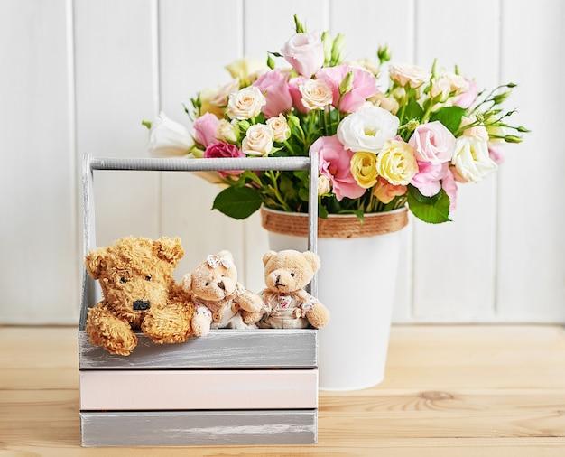 Blumen und geschenke für frauentag.