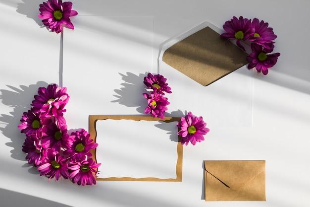 Blumendekorationen für die hochzeit